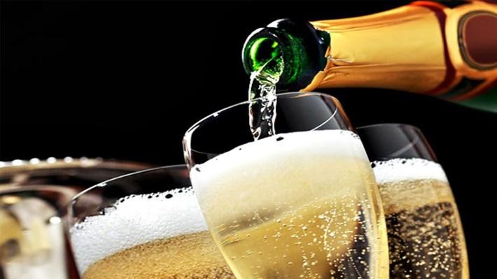 Fiquemos pelo bom leitão e um bom vinho a acompanhar; pensamos nestas discussões depois.