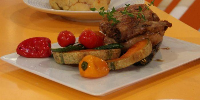 costeletas-de-porco-marinadas-com-balsamico-de-modena-e-legumes-grelhados