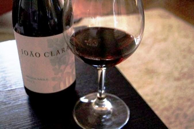 O aspeto do vinho em copo