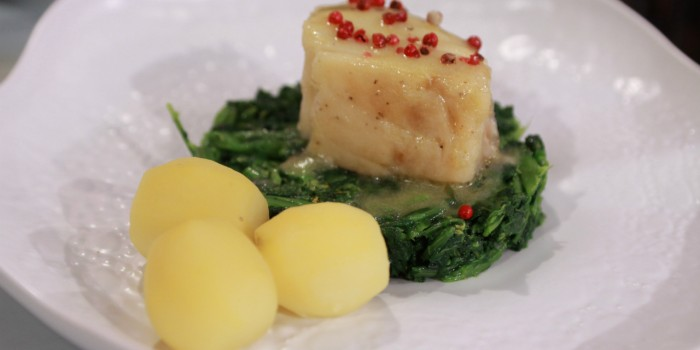 Bacalhau confitado com grelos salteados