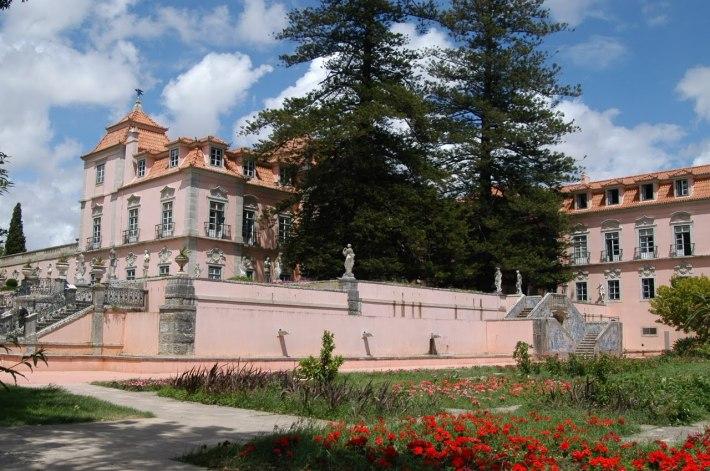 Palácio do Marquês de Pombal, ponto de partida para a descoberta do Vinho de Carcavelos