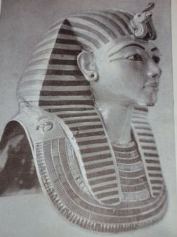 L'occhio sinistro di Horus 3° episodio di Gloria Barberi