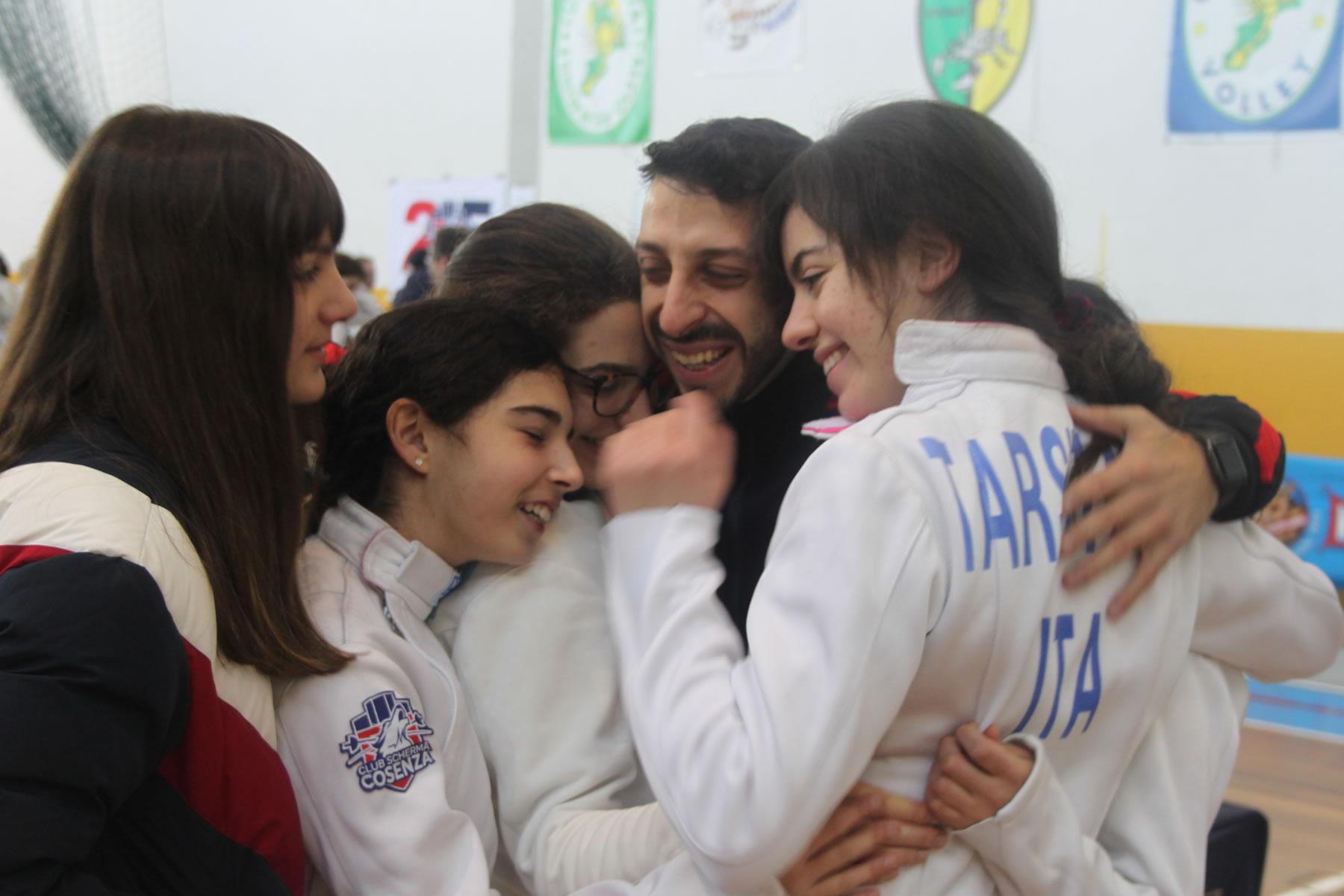 Campionato Serie C2 spada a squadre 2020: esultanza della squadra femminile