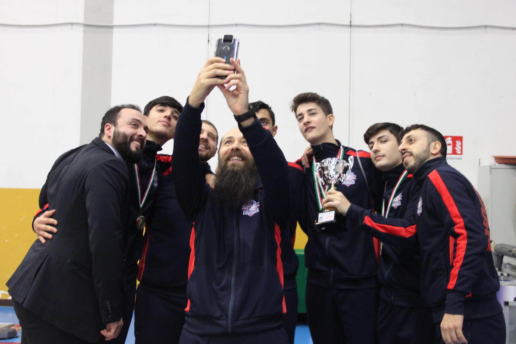 Campionato Serie C2 spada a squadre 2020: selfie per la squadra maschile