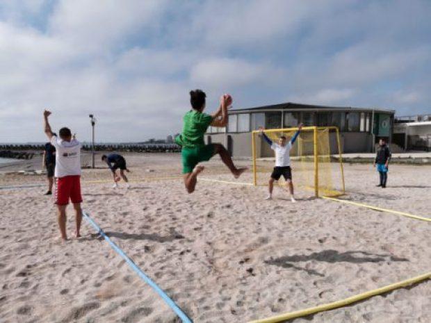 handbal pe plaja