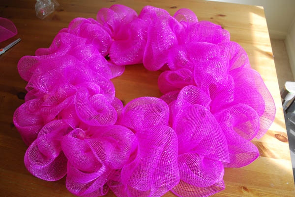 Deco Mesh Wreath Tutorial Clumsy Crafter