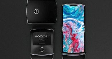 Motorola Razr a  tutto schermo