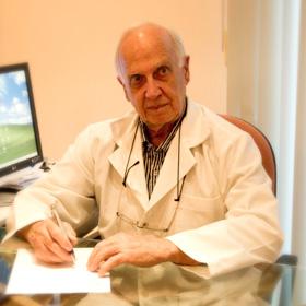 Dr. Hugo de Castro