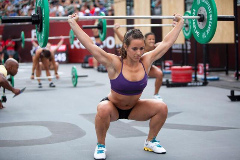 Resultado de imagen de squat to overhead