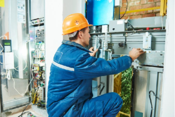 Choose The Best Commercial Electrician With These Tips