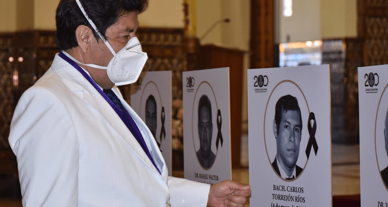 SIETE MÉDICOS FALLECEN ESTE FIN DE SEMANA A CAUSA DEL COVID-19