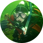 Christine Pettyjohn scuba diving