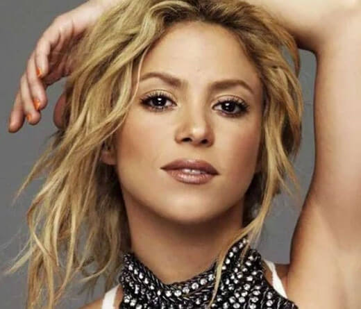 Shakira - 5 años del álbum homónimo de Shakira