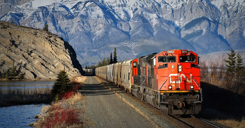 What's Really Driving Canadian National Railway (USA)'s (NYSE: CNI) ROE Of 35%?