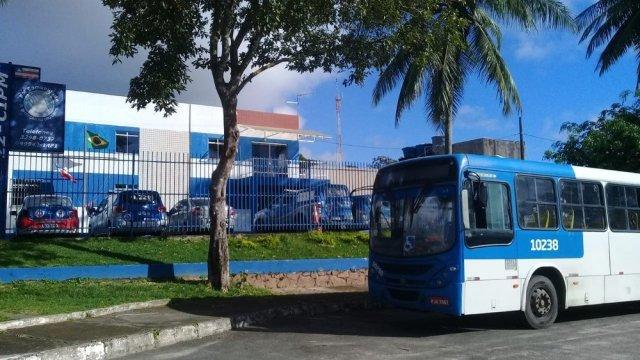 Idoso suspeito de roubar ônibus em estação é solto após audiência de custódia 3