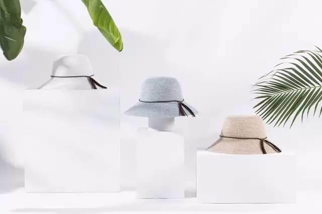 hat with tassel