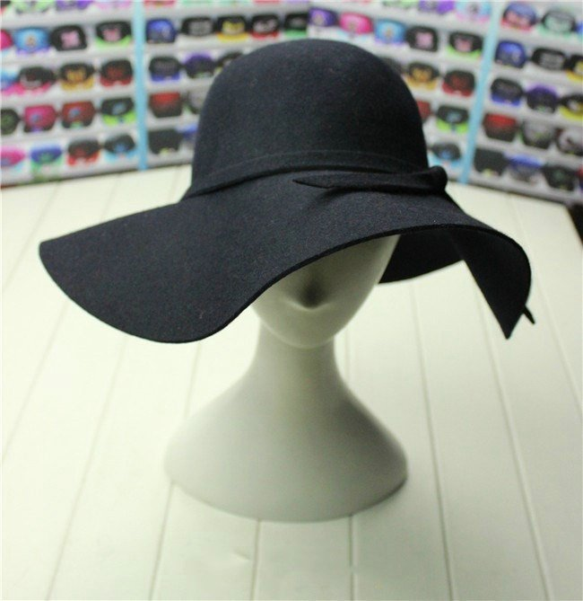 lady wool hat