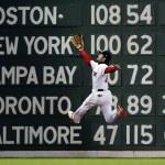 Andrew Benitendi's beautiful leaping 2018 world series catch