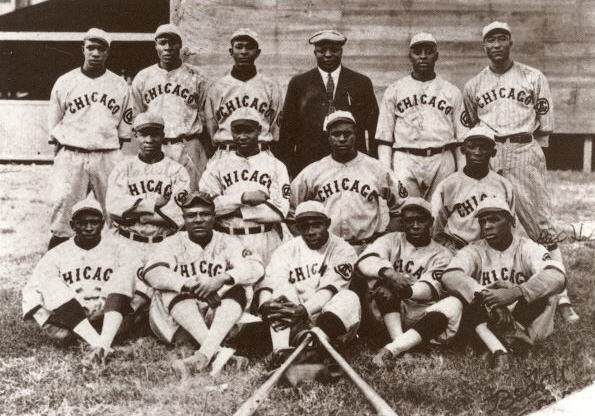 Team publicity photo for 1919 Chicago American Giants baseball team