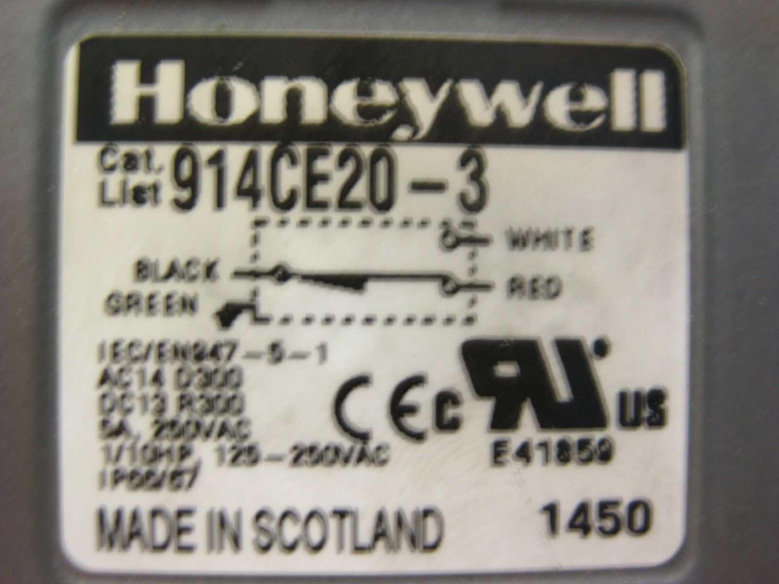 Honeywell 914CE20-3 Micro Switch, Used