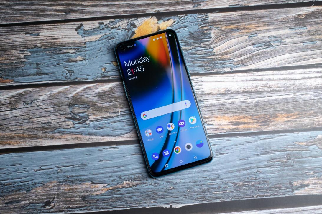 oneplus-nord-2-cnet-hoyle-2