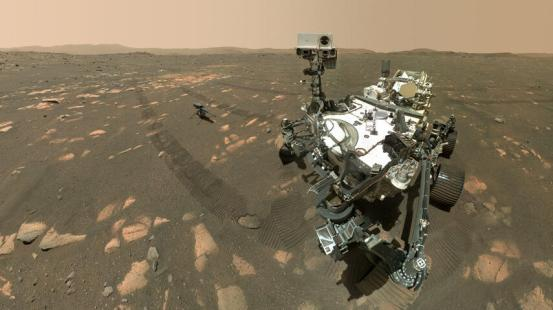 NASA's rover Perseverance took an epic Mars selfie with a Ingenuity helicopter as a guest star