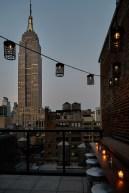 archer-hotel-new-york-spyglass-rooftop-bar-lighting-detail