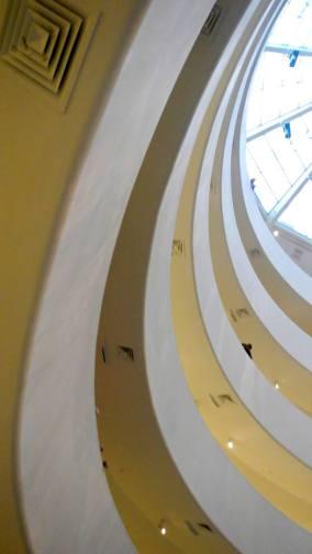 Coup d'oeil sur le colimaçon si caractéristique du Guggenheim Museum