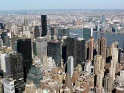 Vue sur Midtown et le Chrysler building depuis l'Empire State building