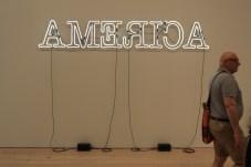 America, version néon... (Photo Didier Forray)
