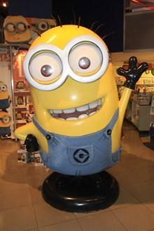 Un Kevin géant vous attend chez Toys 'R Us. (Photo Didier Forray)
