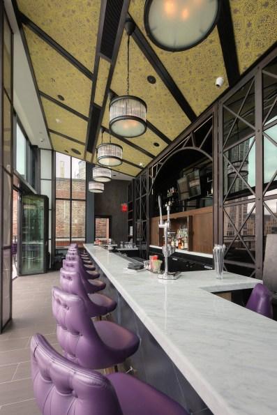 archer-hotel-new-york-spyglass-rooftop-bar-bar-2