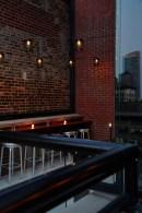 archer-hotel-new-york-spyglass-rooftop-bar-bar-side