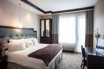plush_king_bedroom