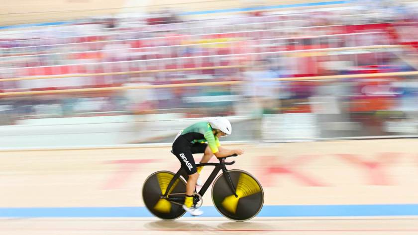 Ana Raquel Lins during the 3,000 m individual pursuit of the C5 class