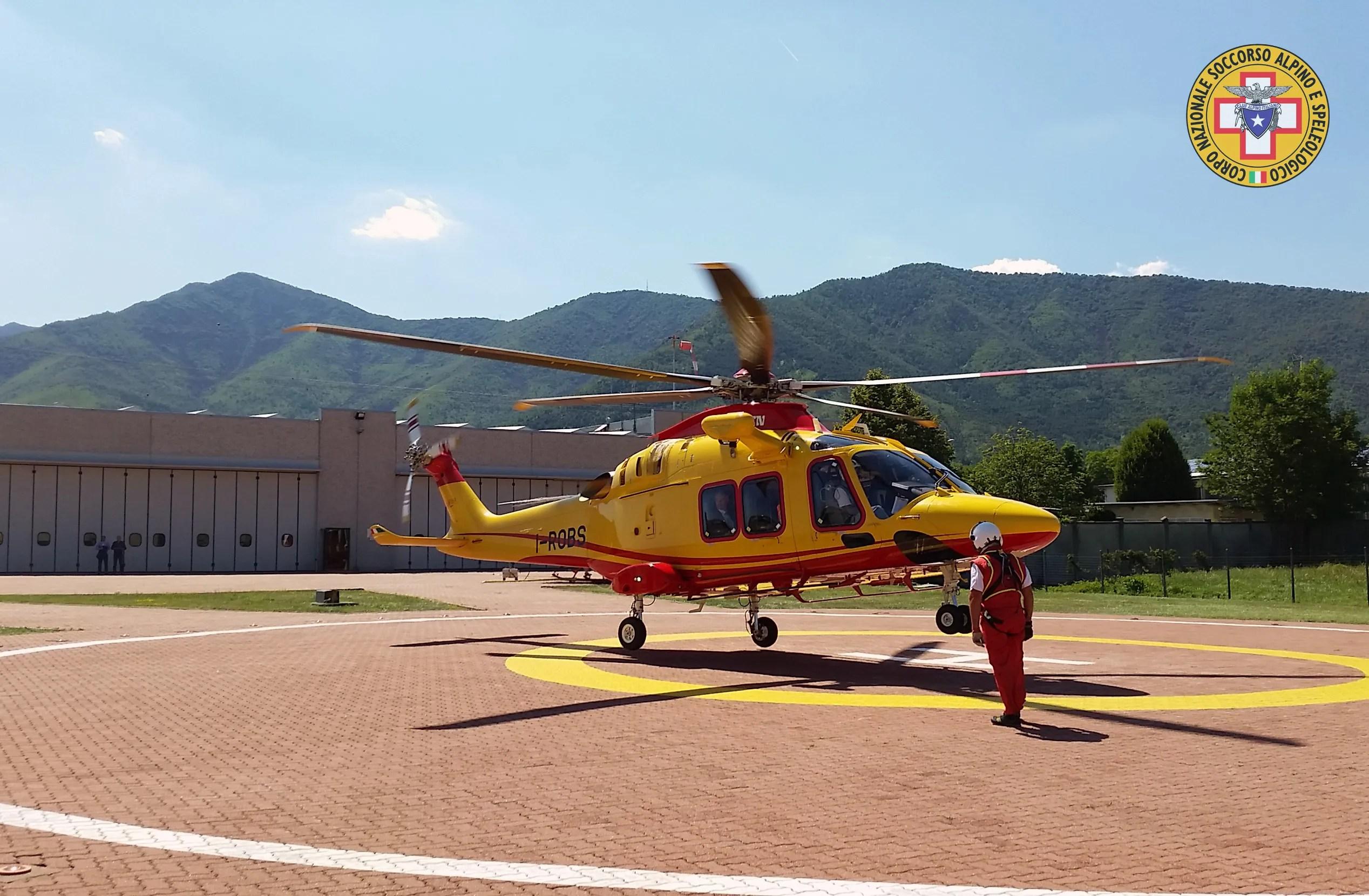 L Elicottero Posizione : Il nuovo elicottero aw di leonardo e gli istruttori cnsas