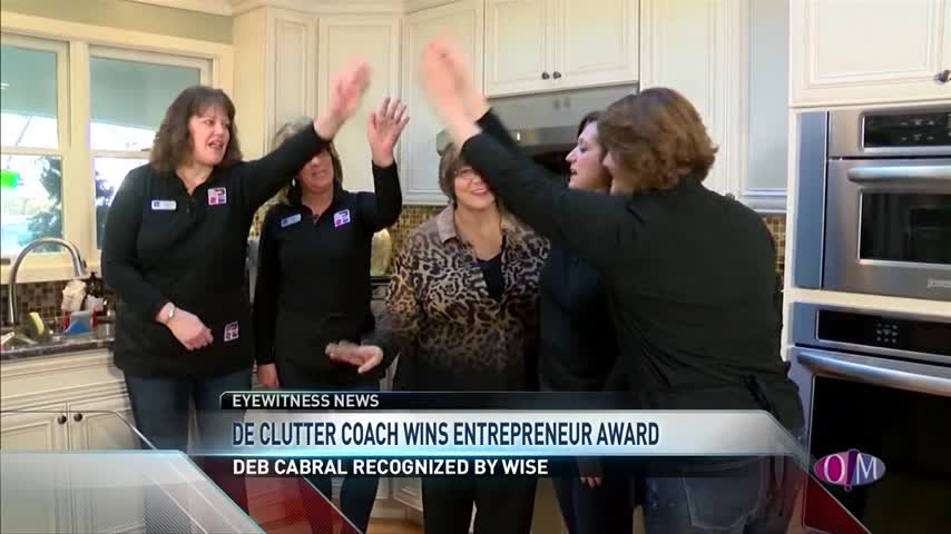 Professional Organizer Wins Entrepreneur Award_95894313