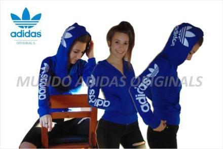 Image campera-adidas-mujer-original-estampada-239301-MLA20313360536_062015-O.jpg