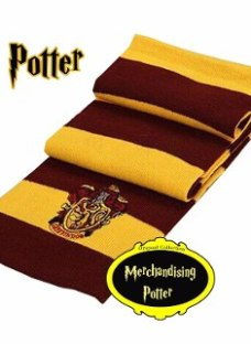 http://articulo.mercadolibre.com.ar/MLA-627861811-bufanda-harry-potter-casa-gryffindor-collection-original-_JM