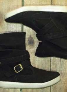 http://articulo.mercadolibre.com.ar/MLA-616252040-bota-borcego-mujer-media-cana-gamuza-_JM