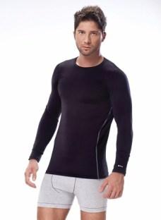 http://articulo.mercadolibre.com.ar/MLA-612738428-dufour-11945-camiseta-termica-m-larga-talle-2m-negro-_JM