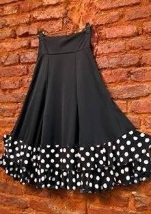 http://articulo.mercadolibre.com.ar/MLA-608795904-falda-flamenca-nena-_JM