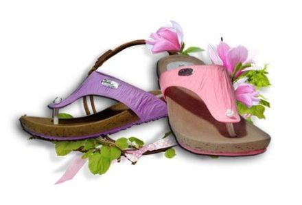 http://articulo.mercadolibre.com.ar/MLA-616329568-ojotas-sandalias-siliconadas-temporada-2014-2015-oferta--_JM
