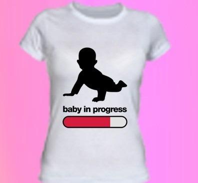 http://articulo.mercadolibre.com.ar/MLA-612352844-remera-embarazada-embarazo-bebe-nacimiento-mujer-_JM