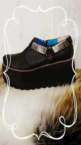 http://articulo.mercadolibre.com.ar/MLA-615352397-zapato-texana-plataforma-de-goma-eva-_JM