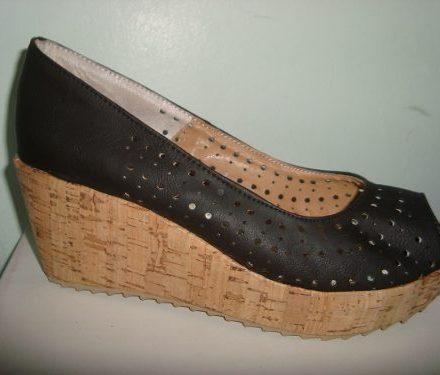http://articulo.mercadolibre.com.ar/MLA-605164888-zapatos-stilettos-calados-boquita-de-pez-taco-chino-corcho-_JM