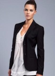 http://articulo.mercadolibre.com.ar/MLA-633442949-blazer-dama-_JM