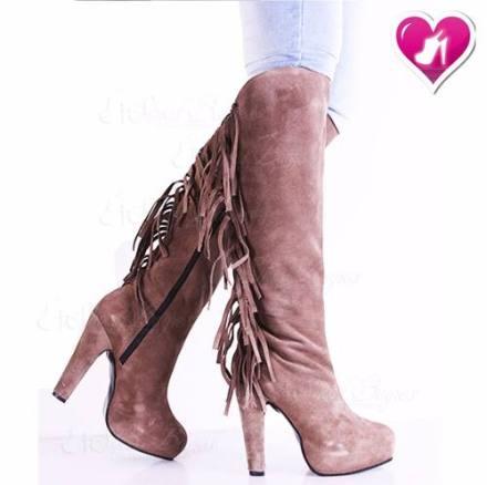 http://articulo.mercadolibre.com.ar/MLA-622043493-bota-con-flecos-cuero-gamuzada-mod-aylen-2-de-shoes-bayres-_JM