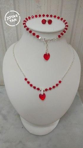 http://articulo.mercadolibre.com.ar/MLA-621671576-conjunto-gargantilla-pulsera-aros-swarovski-elements-_JM
