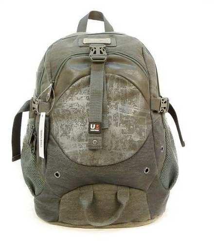 http://articulo.mercadolibre.com.ar/MLA-625735574-mochila-porta-notebook-uniform-original-_JM